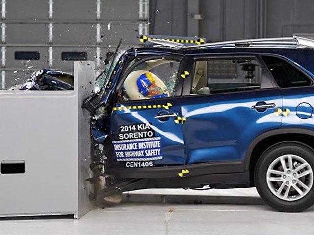 10 suv models car crash tested by iihs. Black Bedroom Furniture Sets. Home Design Ideas